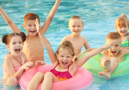 Make Your Swimming Party Safer With These Tips